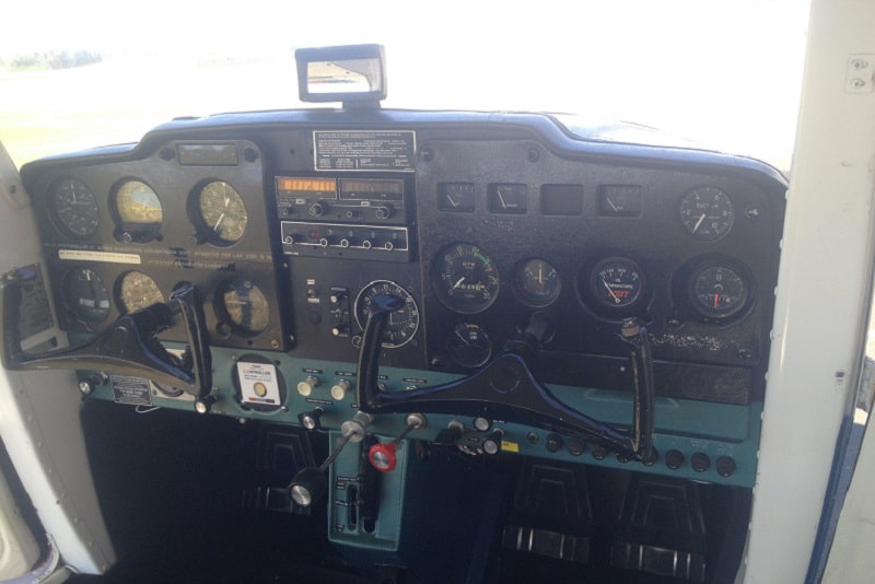 avion-interieur-cessna