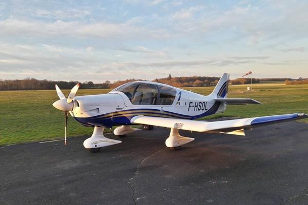 avion-robin-DR401